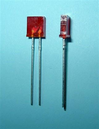 - LED 2x5mm RED    MATOWA L=28 (100SZT)